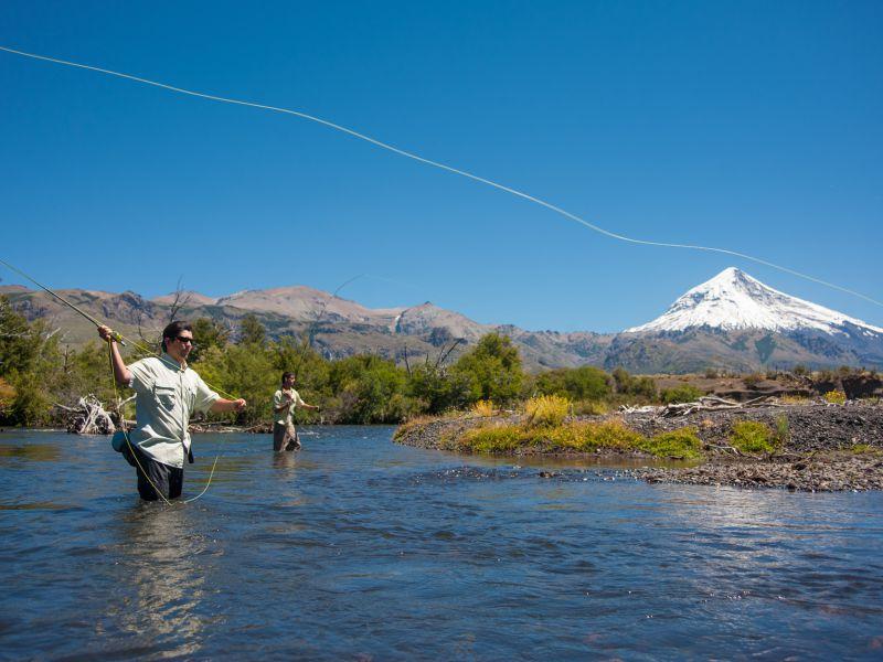 Neuquén, Paraíso De La Pesca en San Martín de Los Andes ...